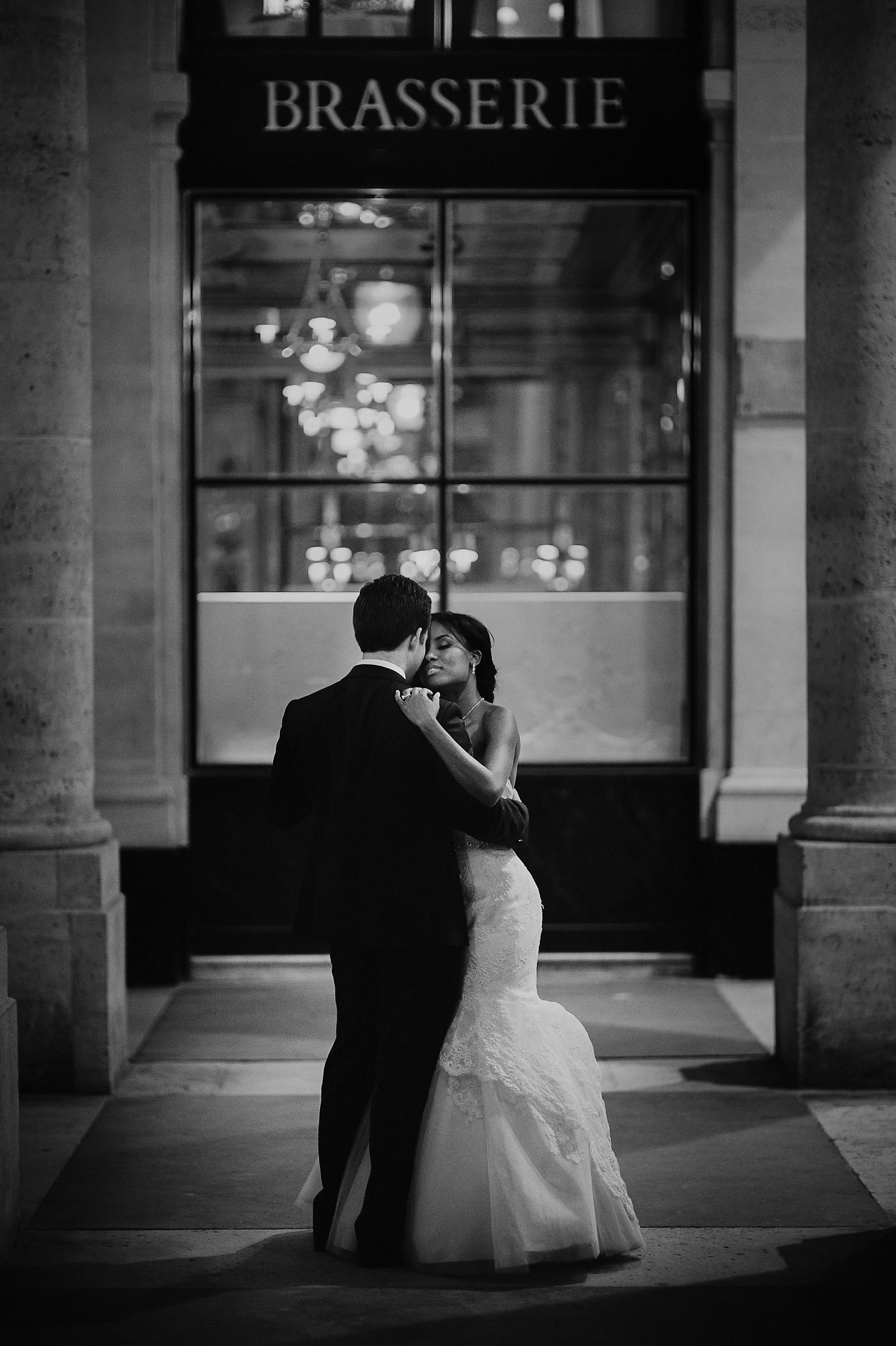 creative wedding photographer paris