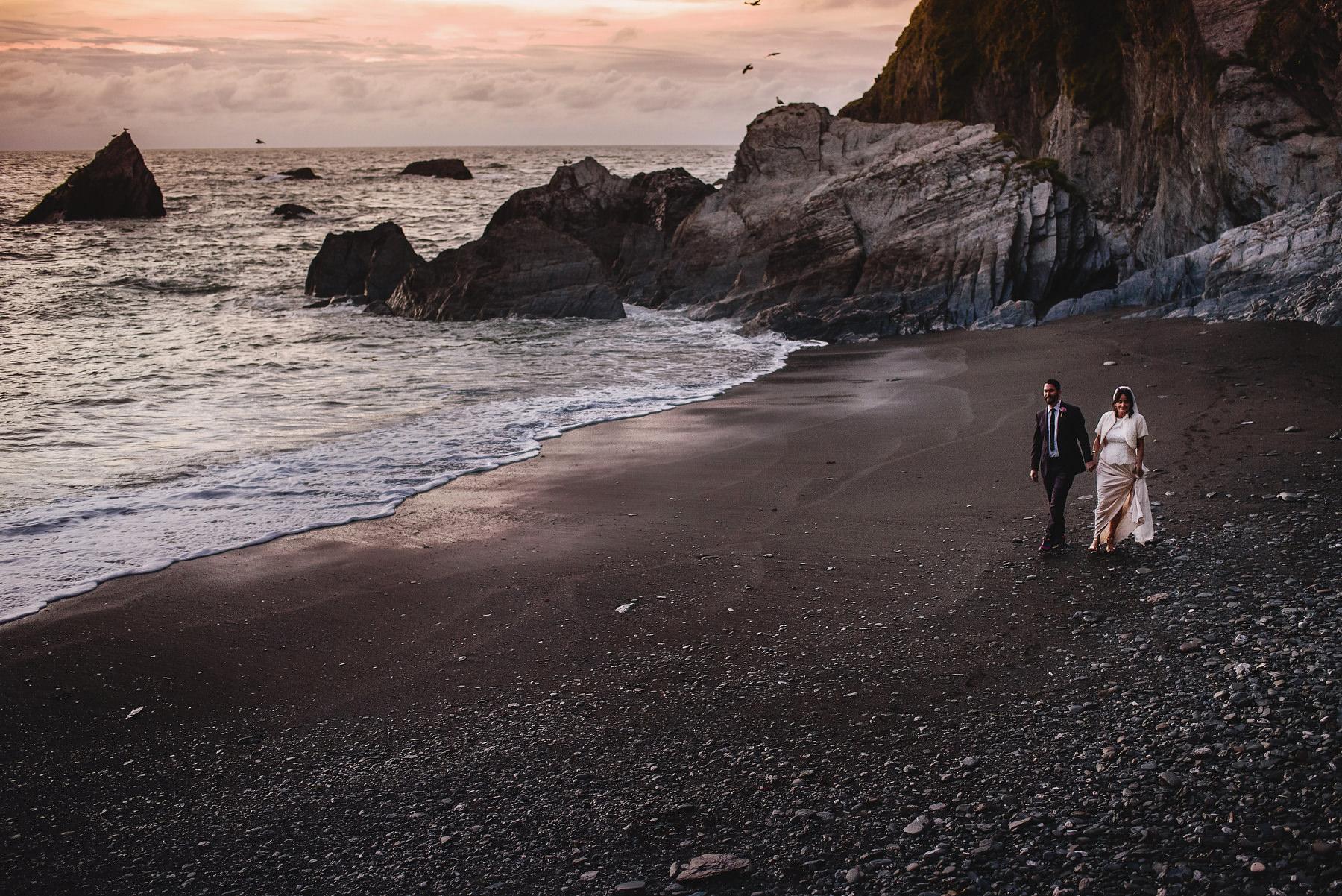 Tunnels Beaches Wedding Photographer