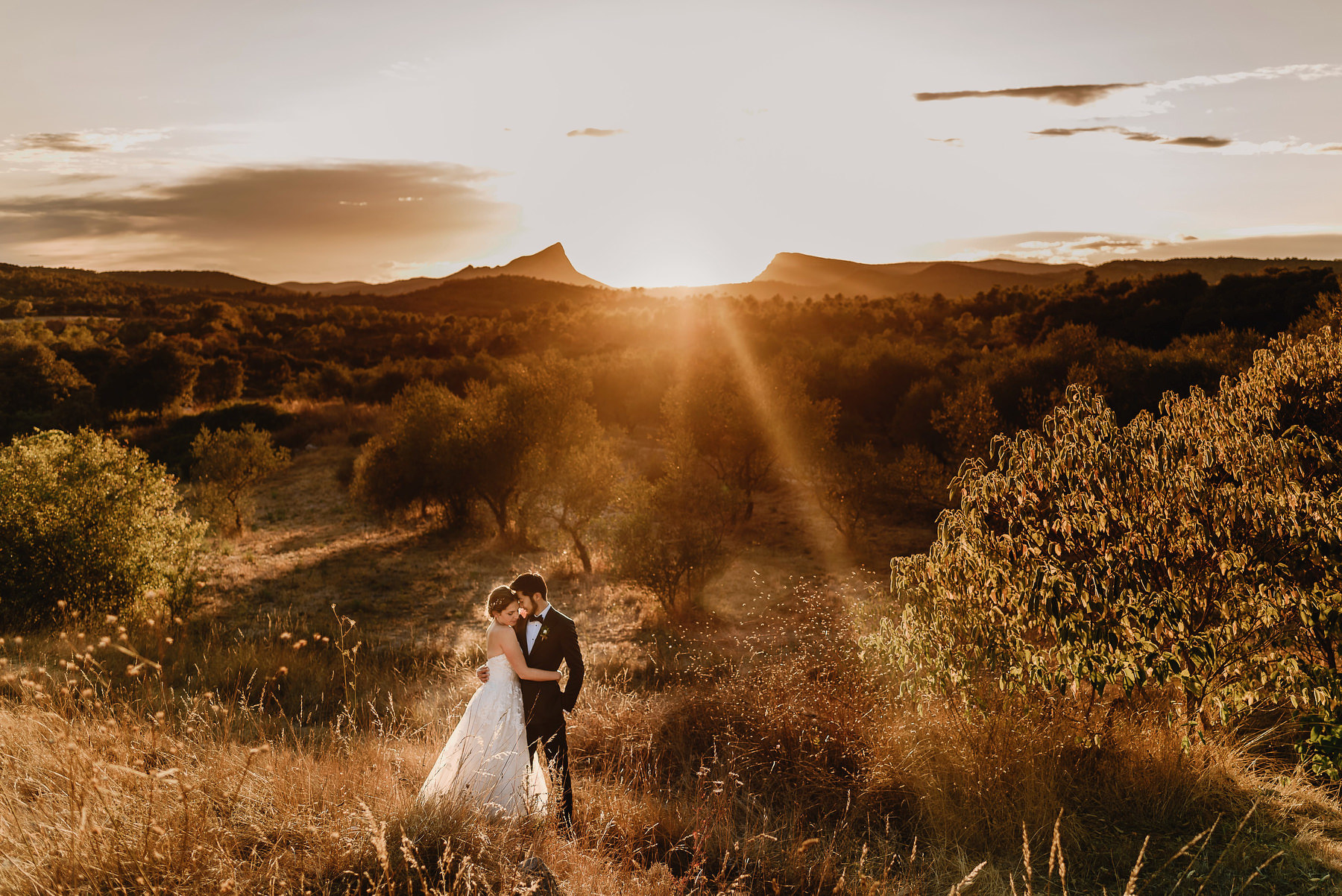 Must-have wedding photographs