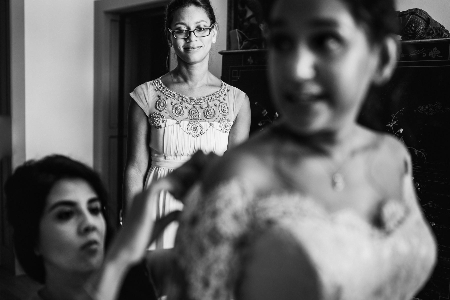 bridal prep Domaine La Fauconnie wedding